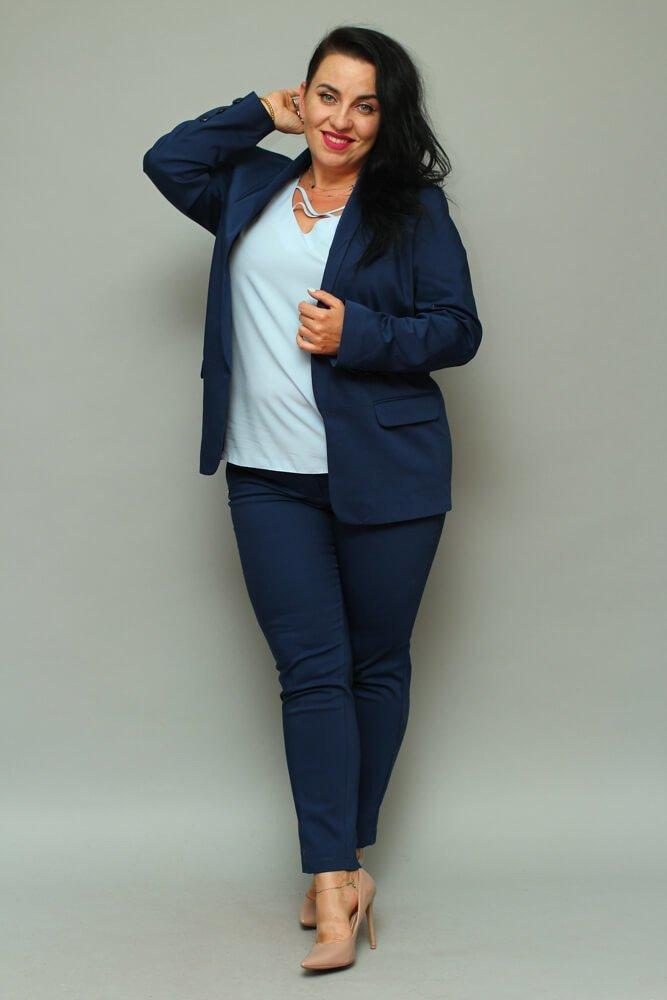ae1a1fe127071 Granatowy komplet Żakiet damski + spodnie VOLTENO Plus Size ...
