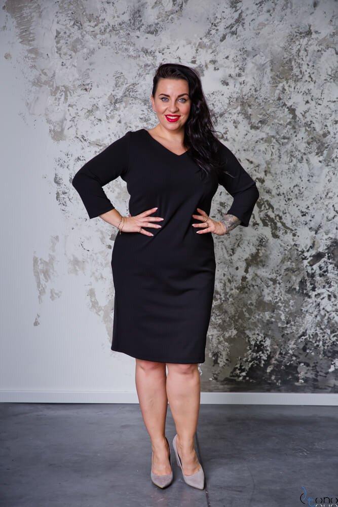 Czarna Sukienka EMYLY Plus Size