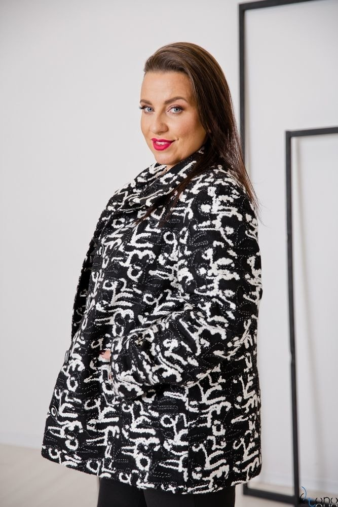 Czarno-Biały Płaszcz SALEN Plus Size