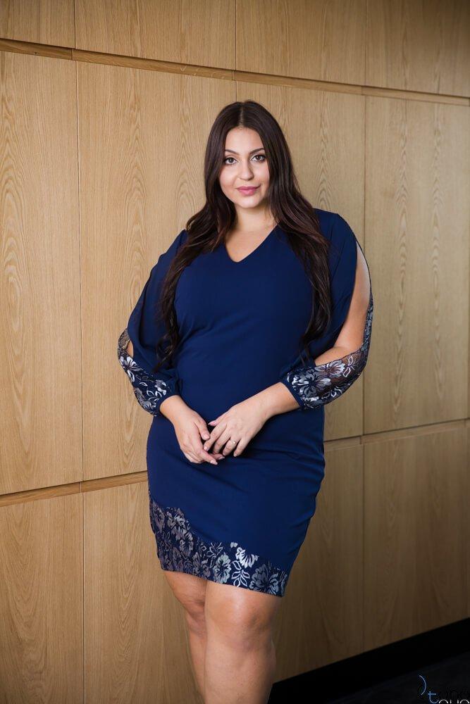 Granatowa Sukienka PERLITA Plus Size
