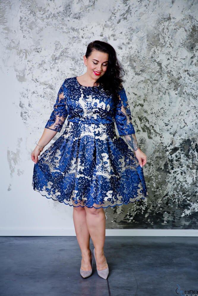 Granatowo-Beżowa Sukienka GENIO Plus Size Koronka