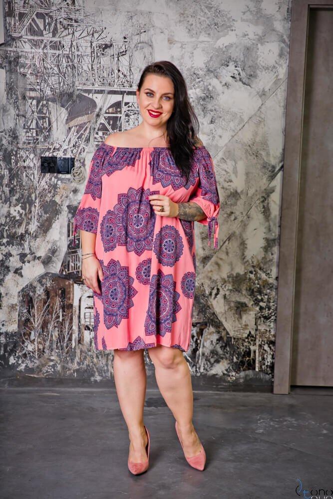 Różowa Sukienka RAVENA Plus Size
