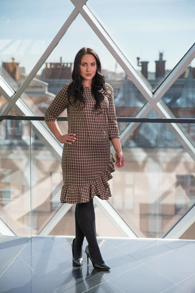 Beżowa Sukienka HEDER Kratka Plus Size
