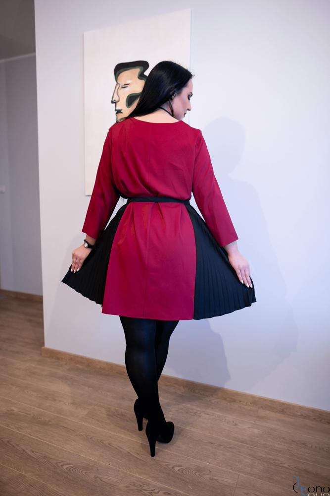 Bordowa Sukienka VIPPER Plus Size