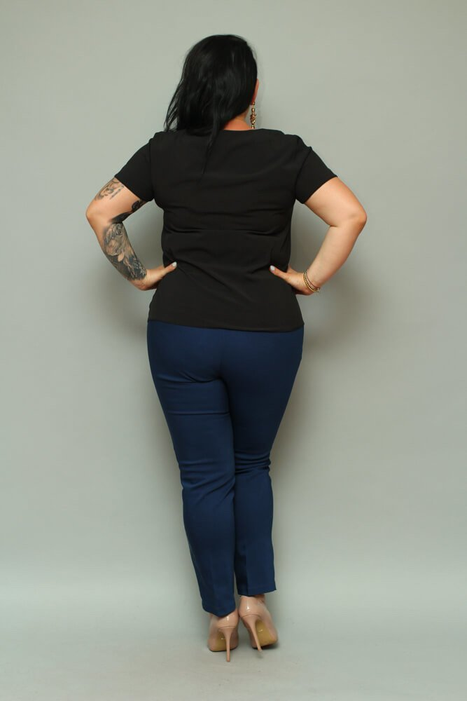 Czarna Bluzka damska SARAY Plus Size Dekolt