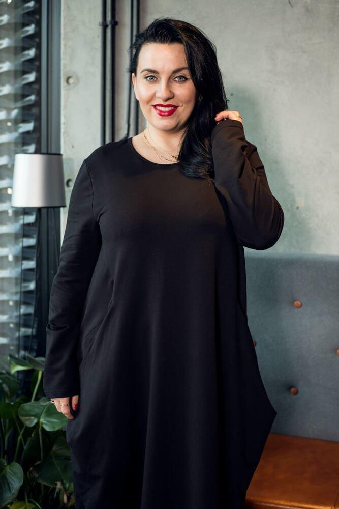 Czarna Sukienka ALDA Plus Size