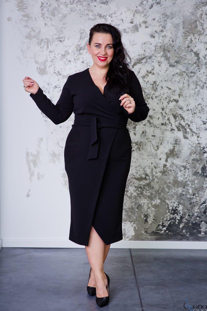 Czarna Sukienka FERRONA Plus Size