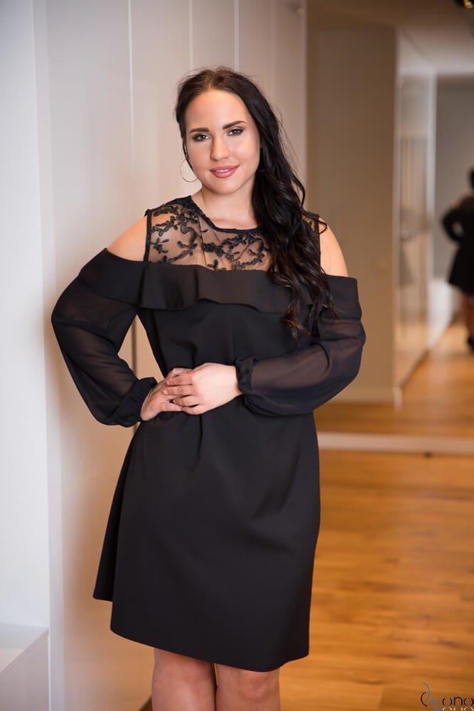 Czarna Sukienka INEZ Plus Size