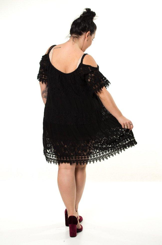Czarna Sukienka KLEO Koronka Plus Size