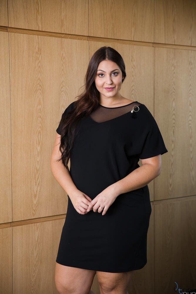 Czarna Sukienka MADLEN Plus Size Elegancka