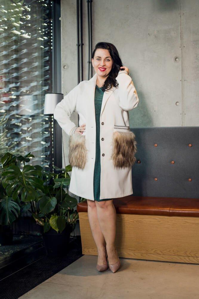 Kremowy Płaszcz FURLA Flauszowy Plus Size