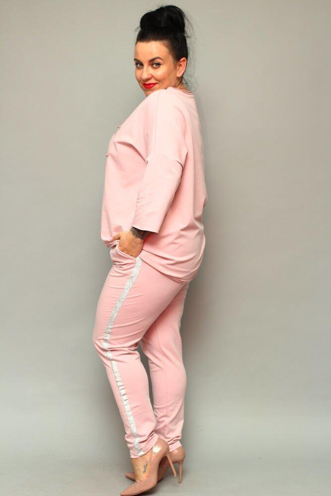 Różowe Spodnie dresowe damskie LOGGIA Plus Size