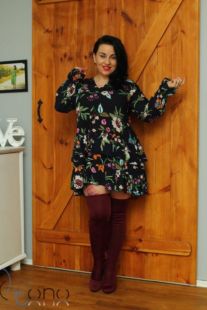 Sukienka MERCOLA Falbanka Oversize wzór 1