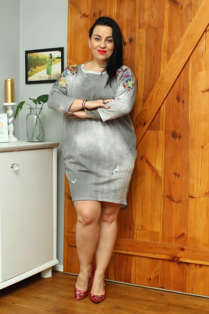 Szara Sukienka FOLK Plus Size jeans