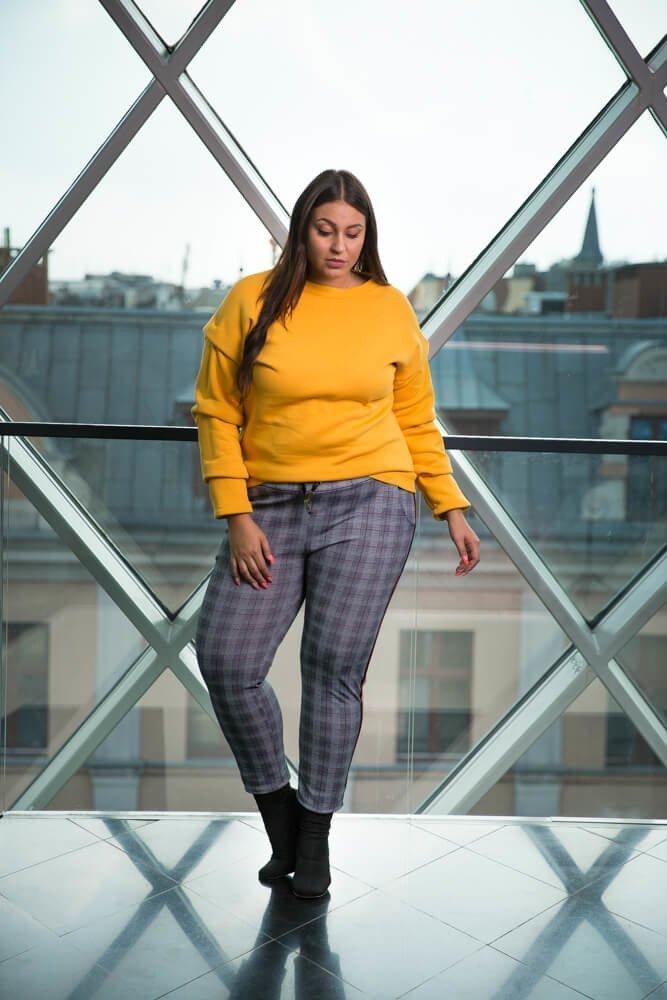 Szare Spodnie ZORA Krata Plus Size wzór 1