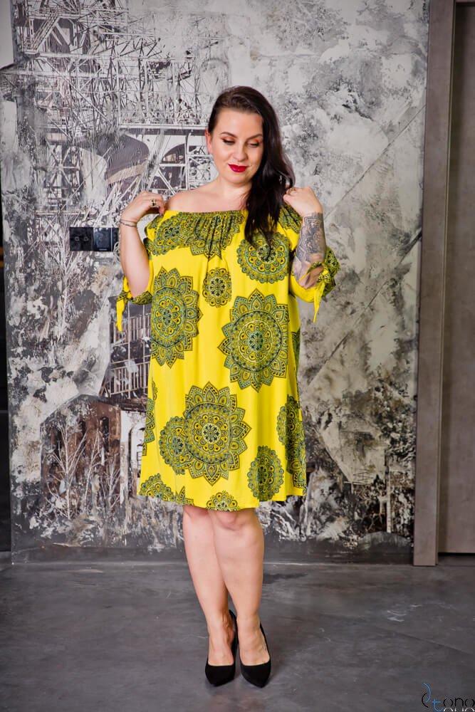 Żółta Sukienka RAVENA Plus Size